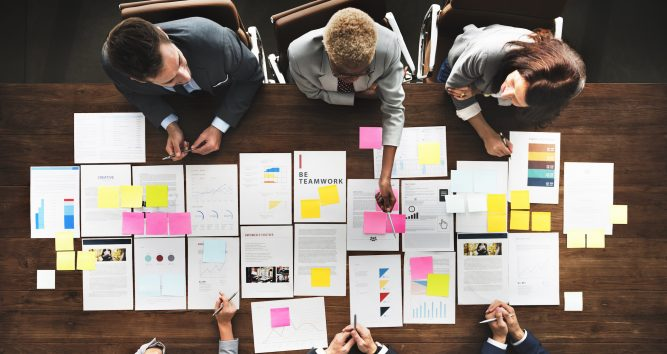 Team Management: The meeting room is dead